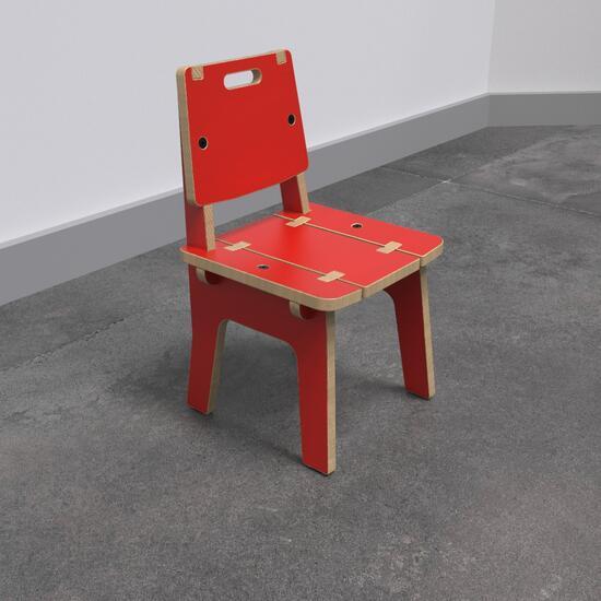Op deze afbeelding ziet u de Buxus Chair red uit de kindermeubel collectie Buxus