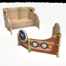 Een speelsysteem met veel speelmogelijkheden in de vorm van een boot   IKC speelhuizen